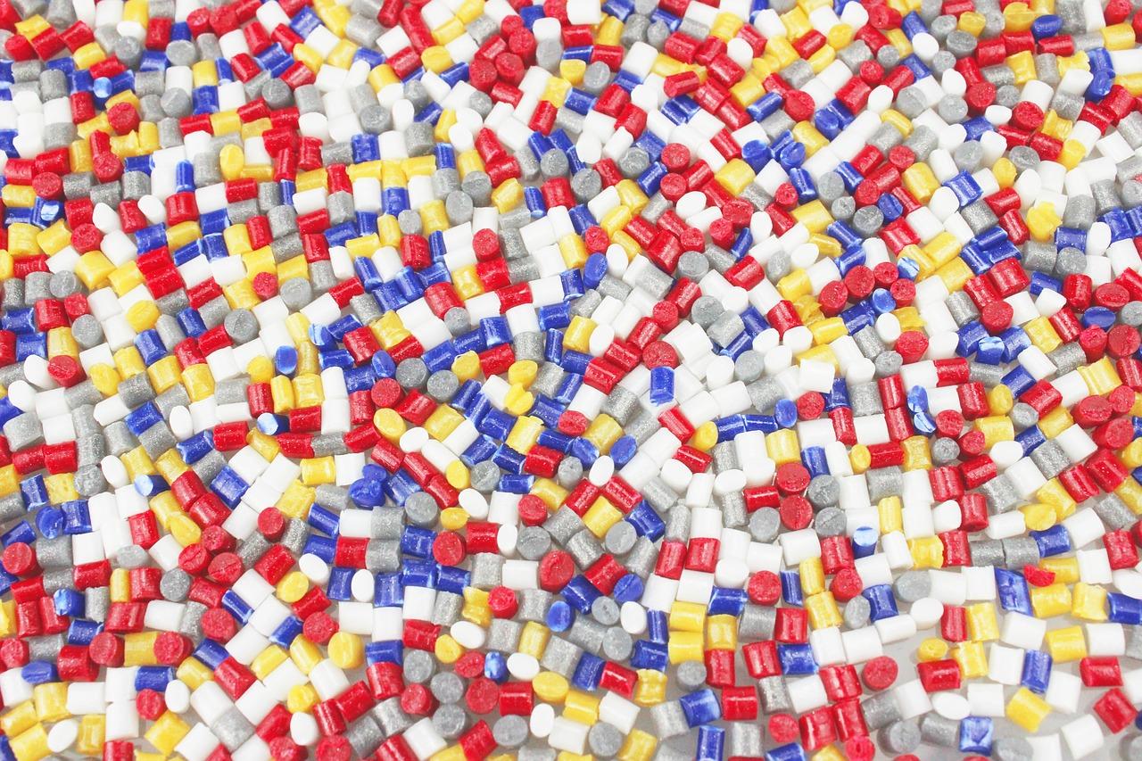 Spoiwo do spawania plastiku – spawarka do plastiku: cena