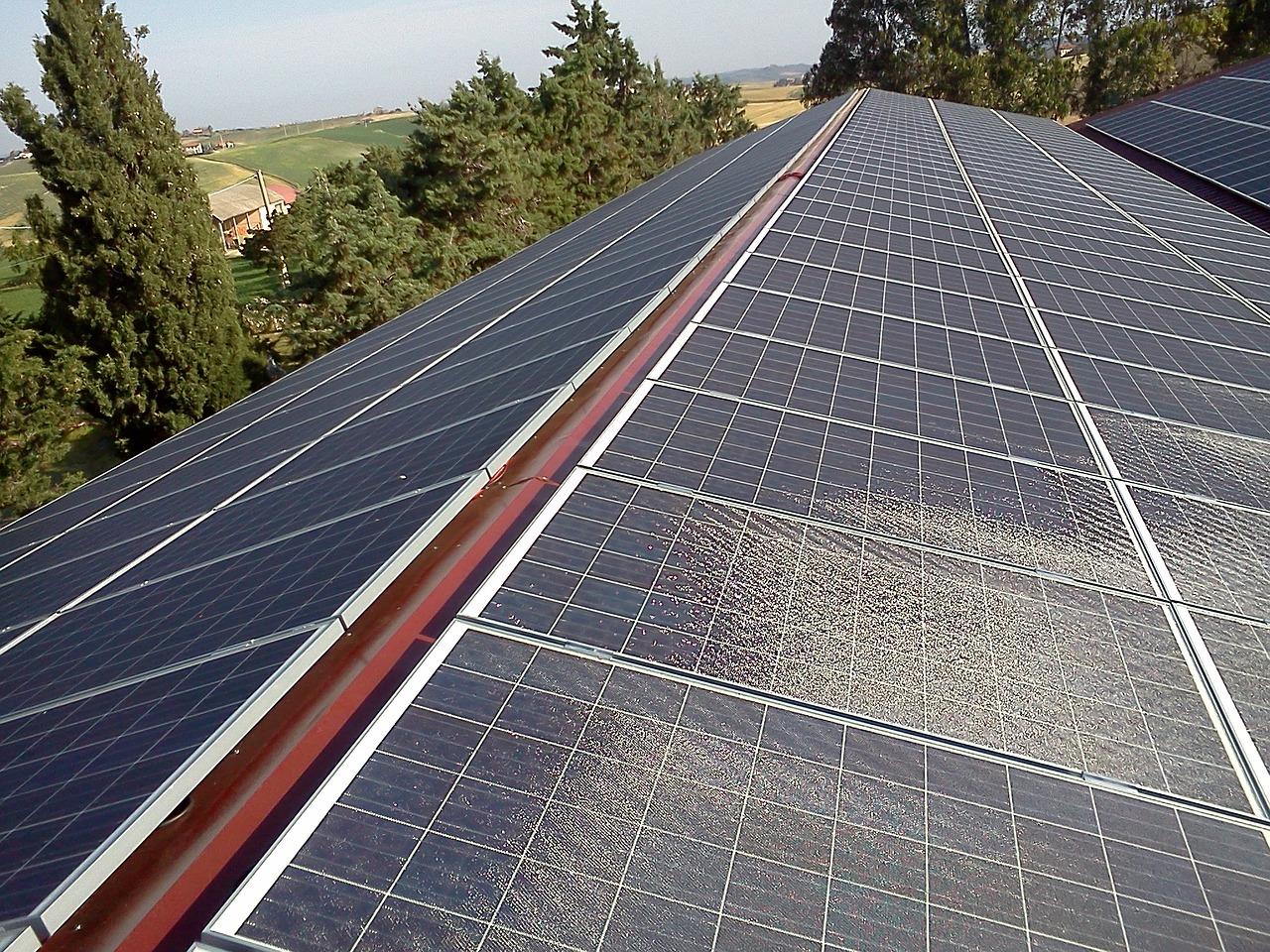 Inwertery ongrid, inwertery solarne